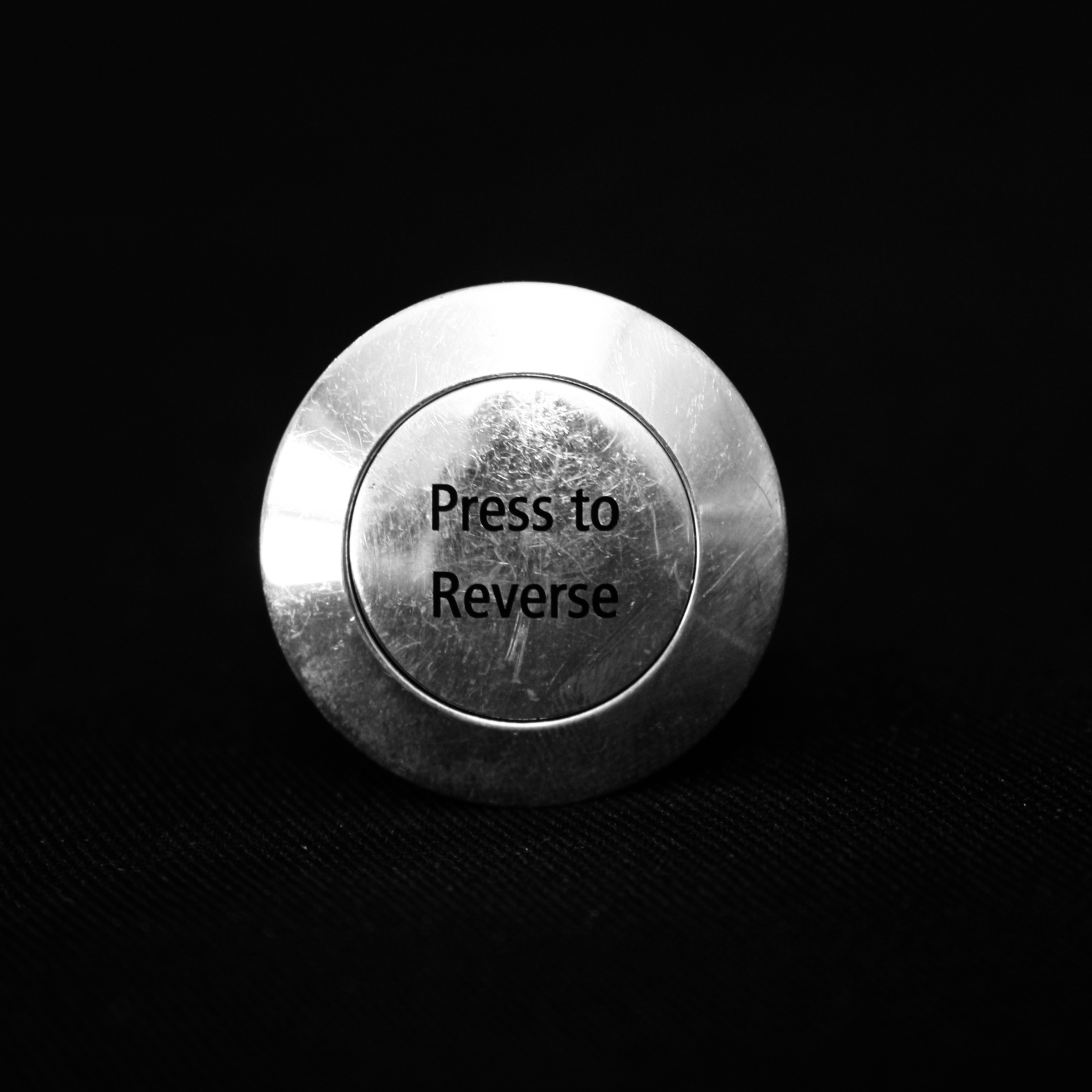 Reverse</br>button